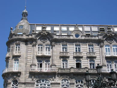 BUILDINGS OF THE TOTAL ECLECTICISM