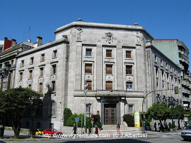 Fotos de edificios de arquitectura de posguerra vigo for Arquitectura franquista