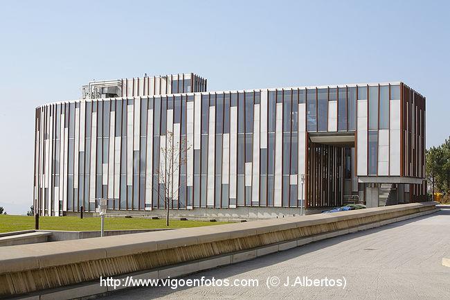 Fotos de arquitecto alfonso penela arquitectura for Universidades para arquitectura