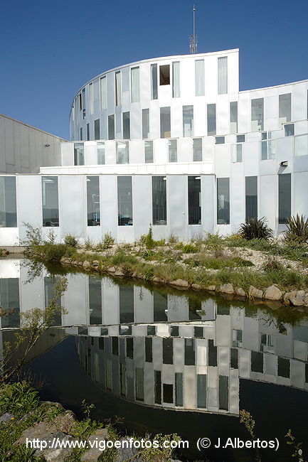 Fotos de arquitecto antonio penela arquitectura for Arquitectura universidades