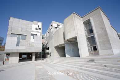 ENRIC MIRALLES - ARCHITECT ZONA COMERCIAL DE LA UNIVERSITY OF VIGO