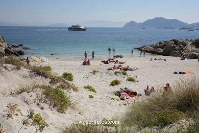 AREÍÑA BEACH - CIES ISLANDS