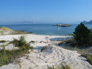 BOLOS BEACH - CIES ISLANDS