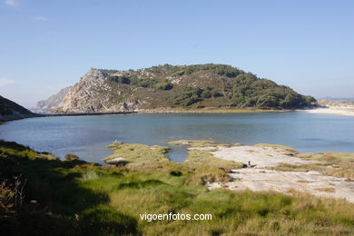 THE LAKE OF  THE CHILDREN - CIES ISLANDS