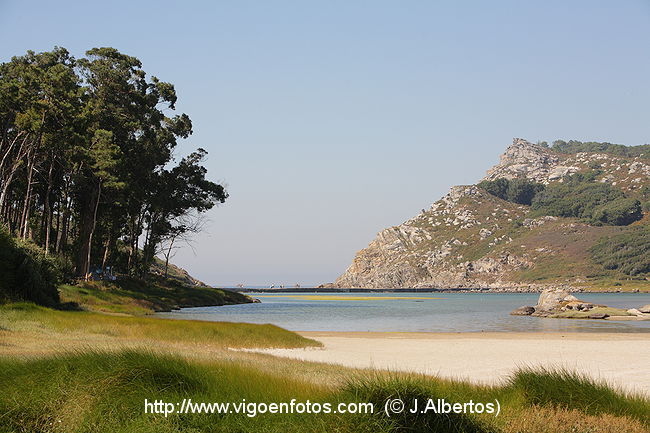 lago_nenos_islas_cies_g_4508p.jpg