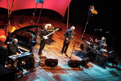 JAN GARBAREK GROUP FEATURING MANU KATCHE - JAZZ. III FESTIVAL OF VIGO (SPAIN) IMAXINASONS 2007