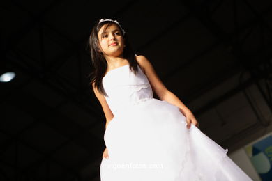 FIRST COMMUNION DRESSES 2009