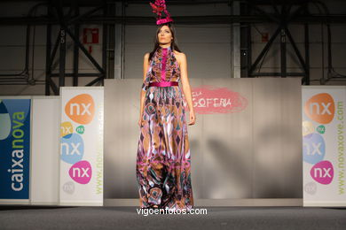AIME LA VIE. DISEÑADOR: JOANA DIESTRE REDONDO. RUNWAY FASHION OF YOUNG FASHION DESIGNER 2008 - VIGOFERIA
