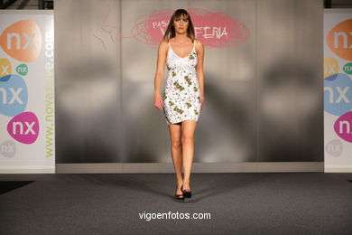 MIL NOCHES Y UN DÍA. DISEÑADOR: SABELA MALVAR DIAZ. RUNWAY FASHION OF YOUNG FASHION DESIGNER 2008 - VIGOFERIA