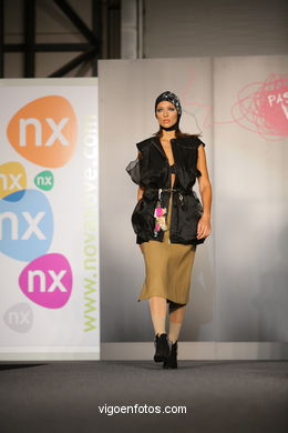 LINOLEUM. DISEÑADOR: JAIME ALBERTO MESA OLANO.RUNWAY FASHION OF YOUNG FASHION DESIGNER 2008 - VIGOFERIA