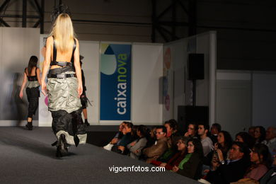 SHOUT. DISEÑADOR: EBA CRUZ. RUNWAY FASHION OF YOUNG FASHION DESIGNER 2008 - VIGOFERIA