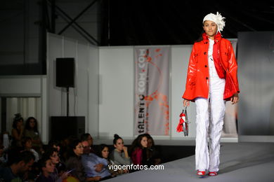 GARLIK & KAUTXO. FASHION DESIGNER: EDURNE IBÁÑEZ . RUNWAY FASHION OF YOUNG FASHION DESIGNER 2009 - VIGOFERIA