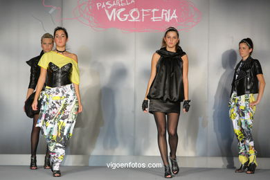 EN PIE DE GUERRA. FASHION DESIGNER: RAQUEL MARTÍNEZ . RUNWAY FASHION OF YOUNG FASHION DESIGNER 2009 - VIGOFERIA