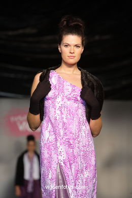 LUSCO FUSCO. FASHION DESIGNER: MARIEN RUIZ . RUNWAY FASHION OF YOUNG FASHION DESIGNER 2009 - VIGOFERIA