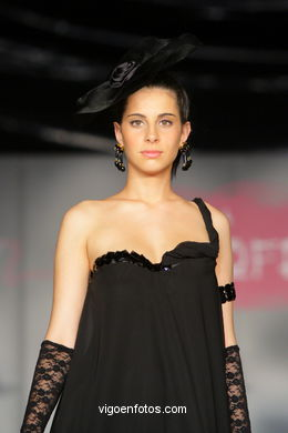 TRANSPARENCIAS. FASHION DESIGNER: ORLANDO SUÁREZ . RUNWAY FASHION OF YOUNG FASHION DESIGNER 2009 - VIGOFERIA