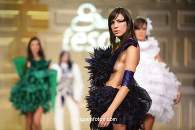 FASHION DESIGNER: O ARTE DA PAPIROFLEXIA - EVA SOTO CONDE. RUNWAY FASHION OF YOUNG FASHION DESIGNER TESOIRA 2008
