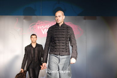 FASHION COLLECTION OF JACOBO CAMPOS - RUNWAY FASHION OF YOUNG FASHION DESIGNER 2007 - VIGOFERIA