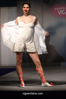 FASHION COLLECTION OF TESSA PUJADAS - RUNWAY FASHION OF YOUNG FASHION DESIGNER 2007 - VIGOFERIA