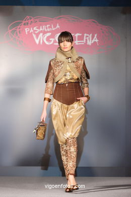 FASHION COLLECTION OF GRUPO CHIHUAHUA - RUNWAY FASHION OF YOUNG FASHION DESIGNER 2007 - VIGOFERIA