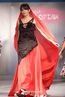 FASHION COLLECTION OF MARIA JESUS CUEVAS - RUNWAY FASHION OF YOUNG FASHION DESIGNER 2007 - VIGOFERIA