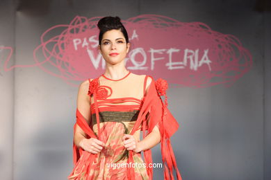 FASHION COLLECTION OF ELISABET BONET - RUNWAY FASHION OF YOUNG FASHION DESIGNER 2007 - VIGOFERIA
