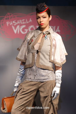 FASHION COLLECTION OF VICKY AVACA - RUNWAY FASHION OF YOUNG FASHION DESIGNER 2007 - VIGOFERIA