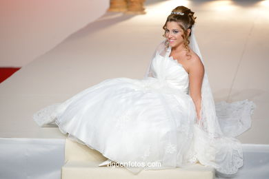 WEDDING DRESSES. COLLECTION 2011. RUNWAY FASHION