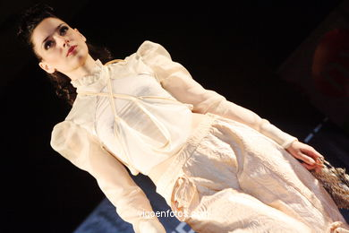 CRISTINA HERNANDEZ RODRIGUEZ - SWEET DREAMS. RUNWAY FASHION OF YOUNG FASHION DESIGNER 2006