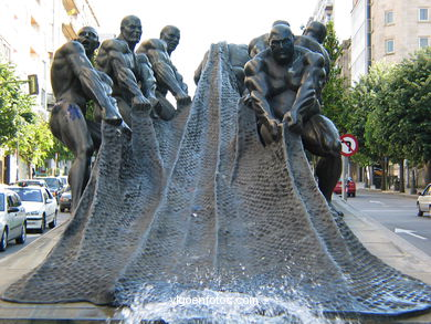 MONUMENT TO WORK. SCULPTURES AND SCULPTORS. VIGO