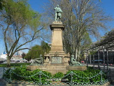 MONUMENT TO ELDUAYEN. SCULPTURES AND SCULPTORS. VIGO