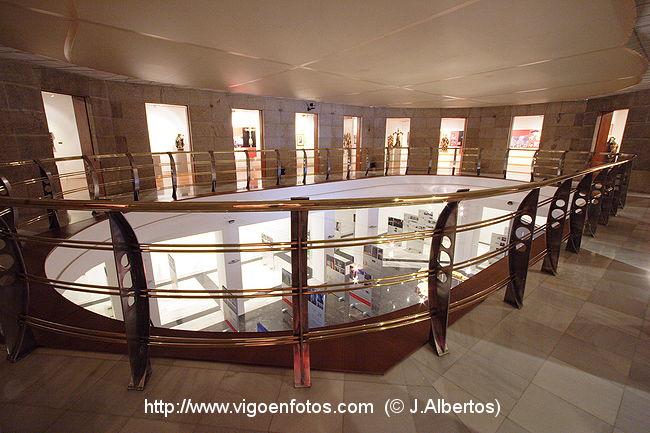 Fotos de salas primera planta de la casa de las artes for Casa planta vigo