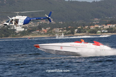 FORMULA 1 DO MAR - POWERBOAT P1 - CARREIRA SUPERSPORT