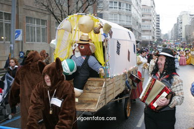 CARNIVAL 2005 - PROCESSION GROUP - SPAIN