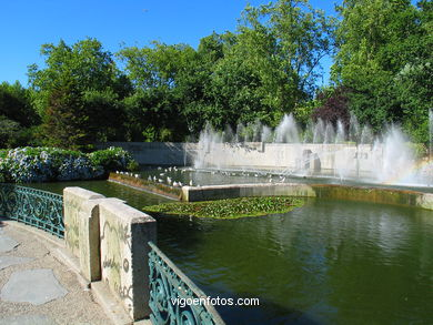 ARTIFICAL LAKE OF CASTRELOS PARK