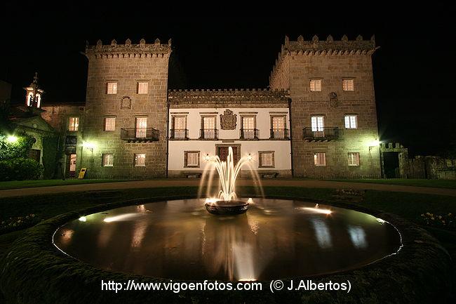 fotos de galicia de noche: