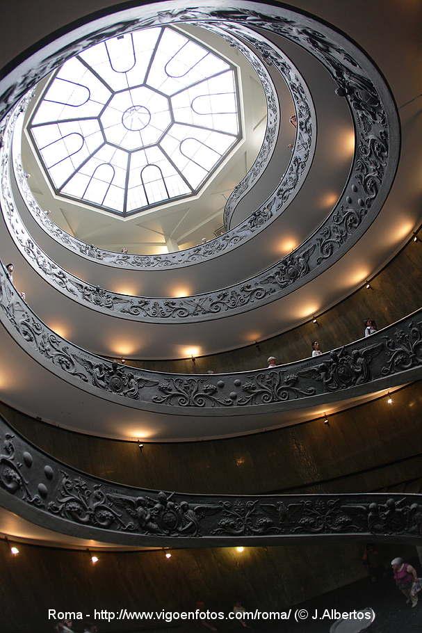 escalera espiral del vaticano